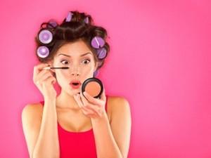 De make-up spiegel: handig en veelzijdig