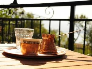 Koffie voor je vaten: positief effect of niet?