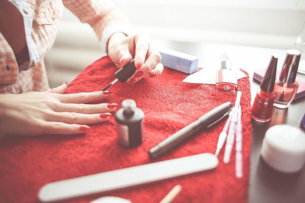thuis je nagels verzorgen met een french manicure in goeden doen rh ingoedendoen nl