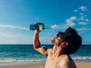Schoon en gezond water komt uit de fles. Toch?