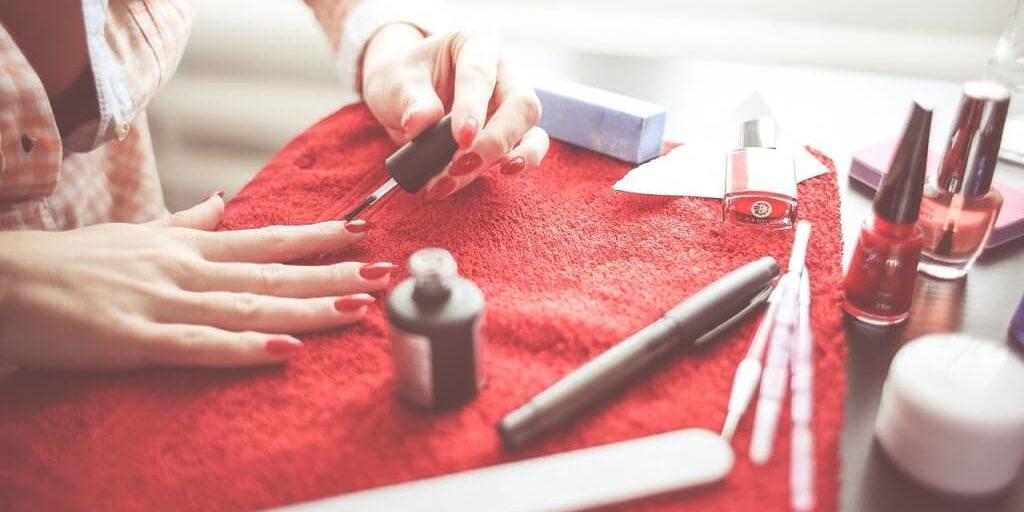nails-865082_1280 (1)